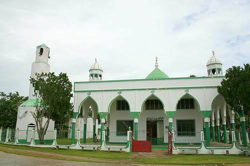 masjid tubig indangan
