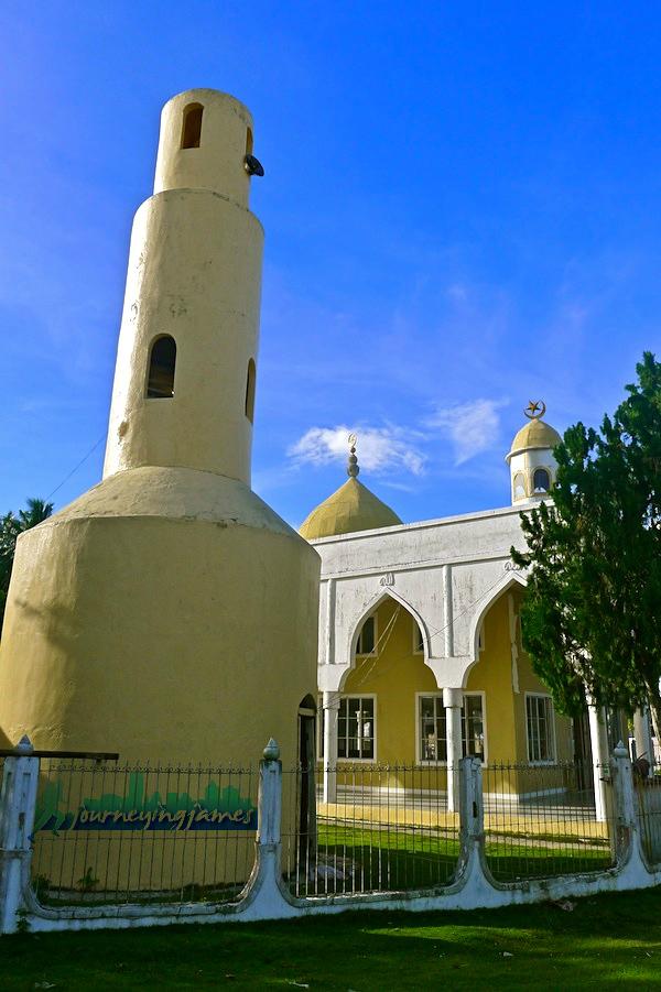 sheik-makdum-mosque-2